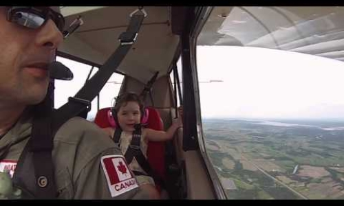 4 year old on aerobatic flight